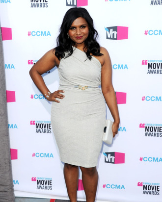 Actress Mindy Kaling arrives at the 17th Annual Critics' Choice Movie Awards