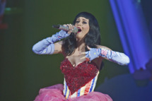 LONDON, UNITED KINGDOM - MARCH 17: Katy Perry performs on the opening night of her 'California Dreams' UK tour at Hammersmith Apollo on March 17, 2011 in London, England. (Photo by Neil Lupin/Getty Images) *** Local Caption *** Katy Perry