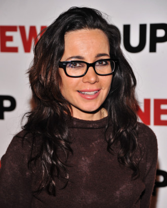 NEW YORK, NY - FEBRUARY 27: Actress Janeane Garofalo attends the New Group Gala 2012: Cabaret Soiree at The Edison Ballroom on February 27, 2012 in New York City. (Photo by Stephen Lovekin/Getty Images)