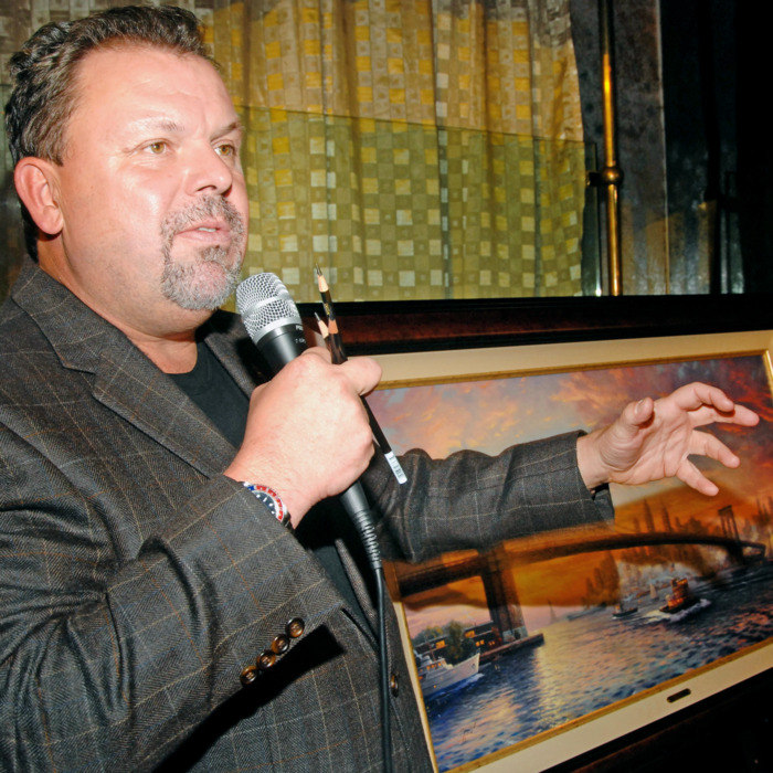 NEW YORK - NOVEMBER 09: Artist Thomas Kinkade speaks about his art at the National Ethnic Coalition of Organizations VIP Reception at Niche Lounge on November 09, 2006 in New York City. (Photo by Brad Barket/Getty Images)