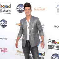 Singer Robin Thicke arrives at the 2012 Billboard Music Awards held at the MGM Grand Garden Arena