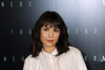 "Swedish actress Noomi Rapace poses during a photocall for the Premiere of  ""Prometheus"" on April 11, 2012 in Paris."