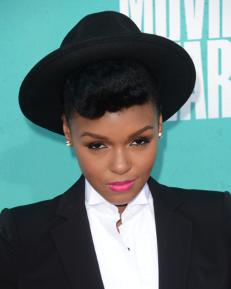 UNIVERSAL CITY, CA - JUNE 03: Singer Janelle Monae arrives at the 2012 MTV Movie Awards held at Gibson Amphitheatre on June 3, 2012 in Universal City, California. (Photo by Jason Merritt/Getty Images)