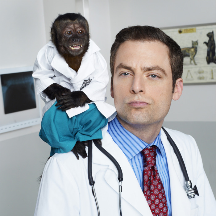 ANIMAL KINGDOM -- Season: Pilot -- Pictured: (l-r) Monkey as Dr. Zaius, Justin Kirk as Dr. George Coleman
