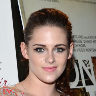 NEW YORK, NY - DECEMBER 13: Actress Kristen Stewart attends