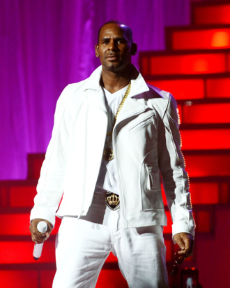 R. Kelly performs at MSG Theater on November 21, 2012 in New York City.