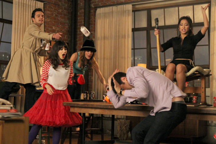 """NEW GIRL:  L-R:  Nick (Jake Johnson), Jess (Zooey Deschanel), Holly (guest star Brooklyn Decker), Schmidt (Max Greenfield) and Daisy (guest star Brenda Song) play a heated game of """"True American"""" in the """"Cooler"""" episode of NEW GIRL airing Tuesday, Jan. 29 (9:00-9:30 PM ET/PT) on FOX."""