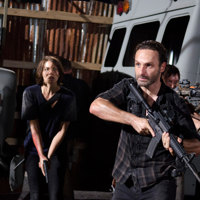 Maggie Greene (Lauren Cohan), Rick Grimes (Andrew Lincoln) and Daryl Dixon (Norman Reedus) - The Walking Dead - Season 3, Episode 9