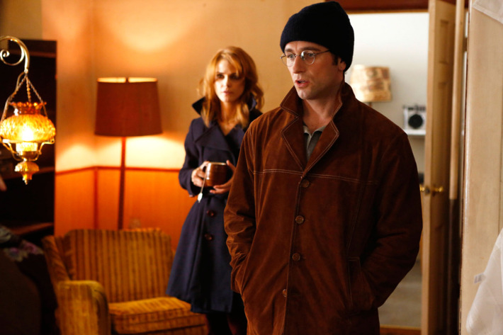 THE AMERICANS -- Gregory -- Episode 3 (Airs Wednesday, February 13, 10:00 pm e/p) -- Pictured: (L-R) Keri Russell as Elizabeth Jennings, Matthew Rhys as Philip Jennings