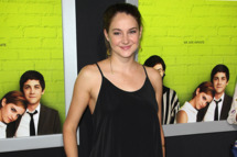 Shailene Woodley - The Los Angeles Premiere of The Perks of Being a Wallflower