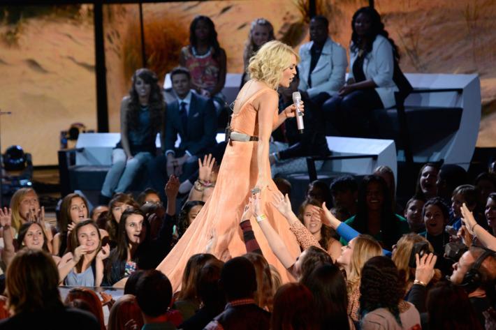 AMERICAN IDOL: Music Superstar Carrie Underwood performs live on AMERICAN IDOL Thursday, April 4 (8:00-9:00 PM ET/PT) on FOX. CR: Michael Becker / FOX. Copyright: FOX.