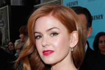 """Actress Isla Fisher attends """"The Great Gatsby"""" world premiere at Avery Fisher Hall at Lincoln Center for the Performing Arts on May 1, 2013 in New York City."""