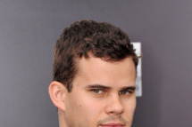"NBA player Kris Humphries attends the ""Man Of Steel"" world premiere at Alice Tully Hall at Lincoln Center on June 10, 2013 in New York City."