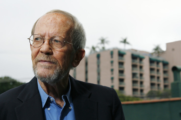 """LOS ANGELES - MAY 24:  Author Elmore Leonard poses during a portrait session prior to a reading and signing of his latest novel """"Up In Honey's Room"""" on May 24, 2007 at Book Soup in Los Angeles, California. (Photo by Vince Bucci/Getty Images) *** Local Caption *** Elmore Leonard"""
