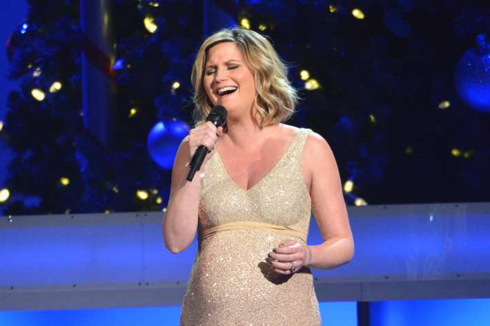 NASHVILLE, TN - NOVEMBER 03:  Jennifer Nettles performs during the 2012 Country Christmas concert on November 3, 2012 at the Bridgestone Arena in Nashville, Tennessee. The special airs Thursday, December 20 from 9:00-11:00 p.m., ET on the ABC Television Network.  (Photo by Rick Diamond/Getty Images)