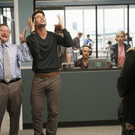 """Pilot"" --Simon Roberts (Robin Williams, left) and Zach Cropper (James Wolk, right) must pull out all the stops and convince Grammy Award-winner Kelly Clarkson to record a new twist on a classic advertising jingle for their biggest client on the series premiere of THE CRAZY ONES, Thurs. Sept. 26 (9:00 ???€?"" 9:30 PM, ET/PT) on the CBS Television Network. Photo: Cliff Lipson/CBS ?'?? 2013 CBS Broadcasting, Inc. All Rights Reserved."