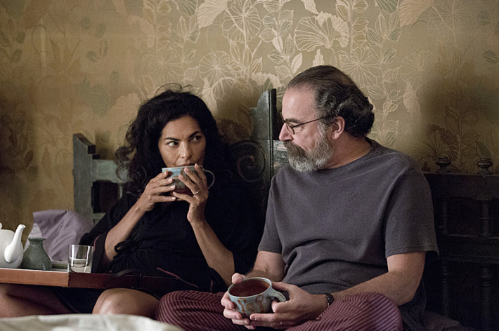 Sarita Choudhury as Mira and Mandy Patinkin as Saul Berenson in Homeland