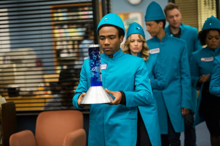 "COMMUNITY -- ""Cooperative Polygraphy"" Episode 503 -- Pictured: (l-r) Donald Glover as Troy, Gillian Jacobs as Britta, Danny Pudi as Abed, Joel McHale as Jeff, Yvette Nicole Brown as Shirley ."