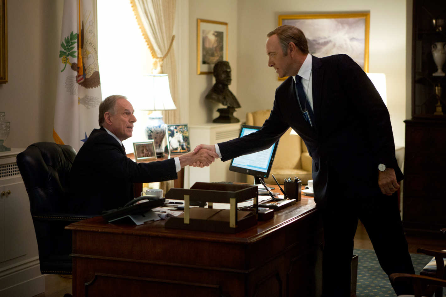 House Of Cards Season One Recap Episodes 10 13 Rebellion On All Fronts