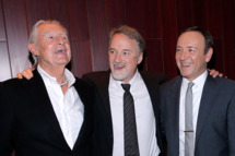 """NEW YORK, NY - JANUARY 30:  (L-R) Director Joel Schumacher, producer David Fincher and actor Kevin Spacey attend Netflix's """"House Of Cards"""" New York Premiere After Party at Alice Tully Hall on January 30, 2013 in New York City.  (Photo by Jemal Countess/Getty Images)"""