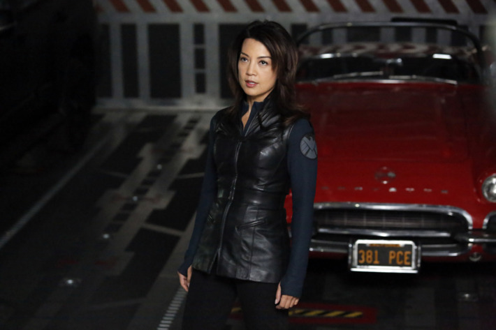 """MARVEL'S AGENTS OF S.H.I.E.L.D. - """"Turn, Turn, Turn"""" - Coulson and his team find themselves without anyone they can trust, only to discover that they are trapped with a traitor in their midst, on """"Marvel's Agents of S.H.I.E.L.D."""""""
