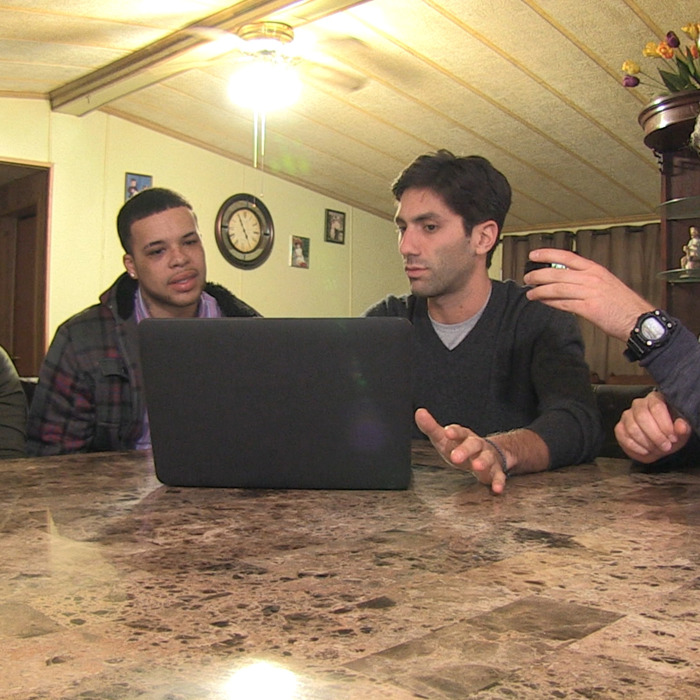 In the season three premiere, hosts Nev and Max help Craig and his sister, Miriah, to uncover the truth about Zoe