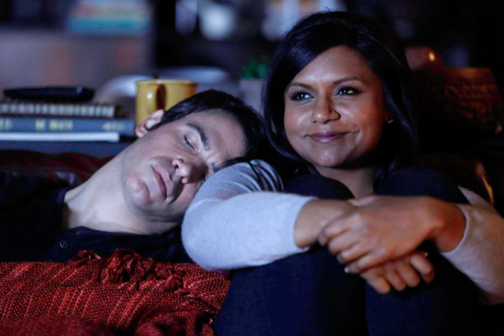 """THE MINDY PROJECT: Mindy (Mindy Kaling, R) and Danny (Chris Messina, L) share some quality time in the """"Danny and Mindy"""" Season Finale episode of THE MINDY PROJECT airing Tuesday, May 6 (9:30-10:00 PM ET/PT) on FOX. ©2014 Fox Broadcasting Co. Cr: Jordin Althaus/FOX"""