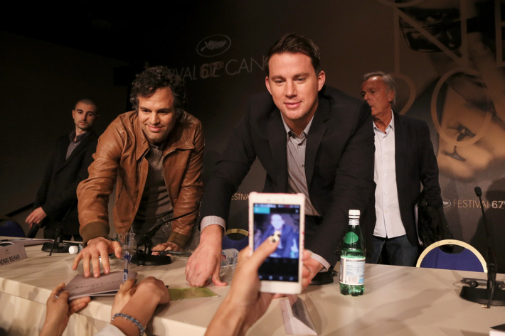 """Actors Mark Ruffalo and Channing Tatum attend the """"Foxcatcher"""" press conference during the 67th Annual Cannes Film Festival on May 19, 2014 in Cannes, France."""