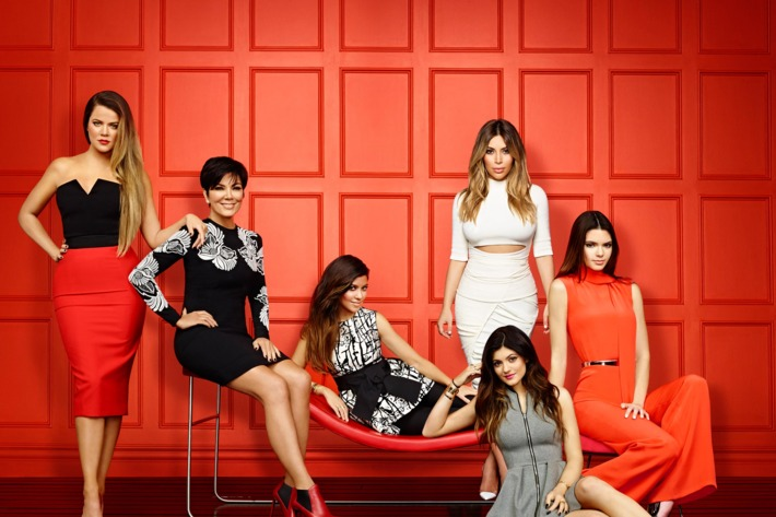 KEEPING UP WITH THE KARDASHIANS -- Season: 9 -- Pictured: (l-r) Khloe Kardashian, Kris Jenner, Kourtney Kardashian, Kim Kardashian, Kylie Jenner, Kendall Jenner -- (Photo by: Brian Bowen Smith/E!)