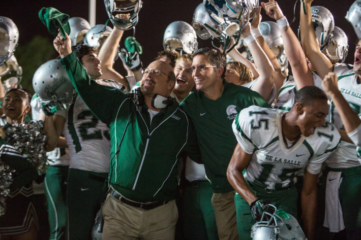 Jim Caviezel (center-right), Alexander Ludwig (center) and Michael Chiklis (center-left) star in TriStar Pictures' WHEN THE GAME STANDS TALL.