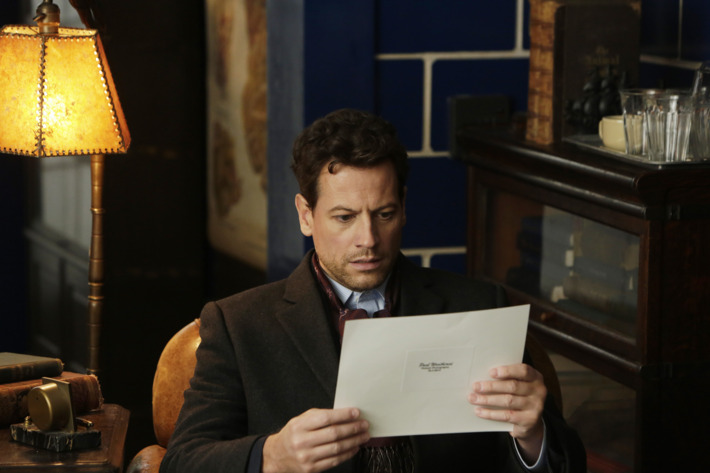 """FOREVER - """"Pilot"""" - Dr. Henry Morgan's exciting, adventurous and intriguing long life has blessed him with amazing insight and observational skills. So, when Henry and Detective Jo Martinez (Alana De La Garza) investigate a fatal subway collision, Jo not only is impressed, but her curiosity is peeked about who he is. Meanwhile, Henry soon discovers someone else knows his secret. He may not be the only """"immortal"""" out there. But who is that person and what does he want? The one person who can inject hope into Henry's life is Abe (Judd Hirsch), his best and only friend. Fate has brought the two men together and they share an unconventional bond. It's just part of the captivating mystery surrounding Henry's strange circumstances and his long search to uncover the cause of his condition and escape, on ABC's new drama, """"Forever,"""" during a special preview of the premiere, on MONDAY, SEPTEMBER 22 (10:00-11:00 p.m., ET), on ABC. (ABC/Patrick Harbron)IOAN GRUFFUDD"""