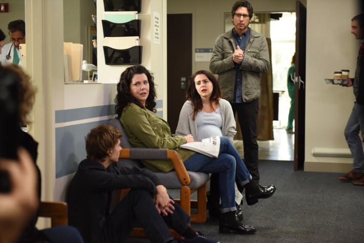 """PARENTHOOD -- """"How Did We Get Here"""" Episode 610 -- Pictured: (l-r) Miles Heizer as Drew Holt, Lauren Graham as Sarah Braverman, Mae Whitman as Amber Holt, Ray Romano as Hank Rizzoli -- (Photo by: Colleen Hayes/NBC)"""