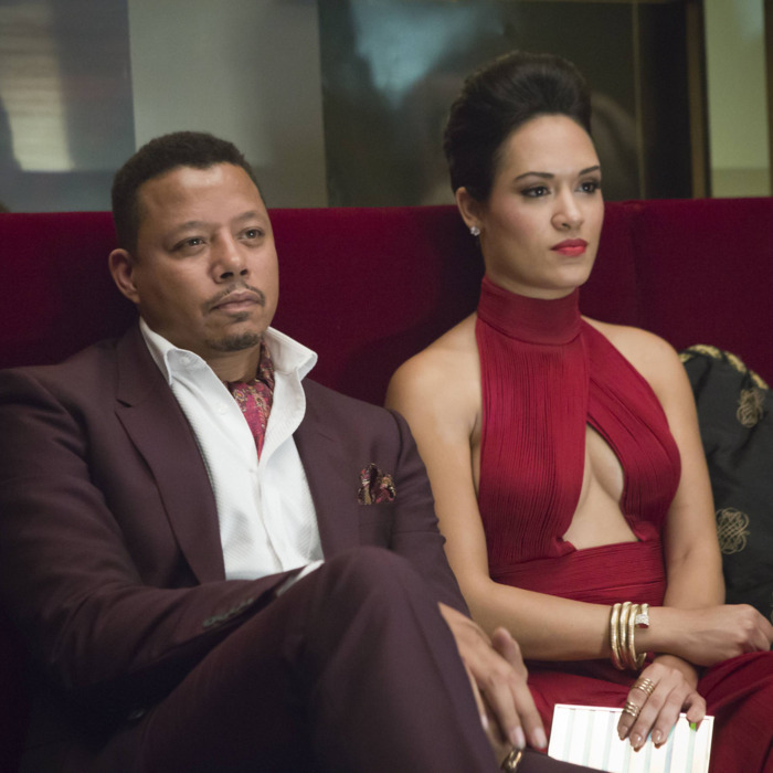 EMPIRE: Lucious (Terrence Howard, L) and Anika (Grace Gealey, R) watch Hakeem and Jamal perform in the