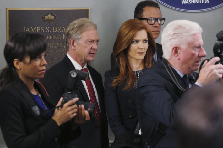 "SCANDAL - ""Where's the Black Lady?"" - With Olivia still missing, the team comes together to do whatever it takes to find her and get her home safely, on ""Scandal,"" THURSDAY FEBRUARY 5 (9:00-10:00 p.m., ET) on the ABC Television Network. (ABC/Kelsey McNeal)JEFF PERRY, DARBY STANCHFIELD"