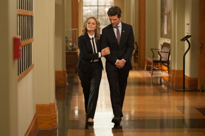 """PARKS AND RECREATION -- """"One Last Ride"""" Episode 712/713 -- Pictured: (l-r) Amy Poehler as Leslie Knope, Adam Scott as Ben Wyatt -- (Photo by: Colleen Hayes/NBC)"""