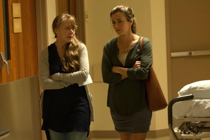 Sissy Spack (Sally Rayburn) and Linda Cardellini (Meg Rayburn) in the Netflix Original Series BLOODLINE.  Photo Credit: Saeed Adyani