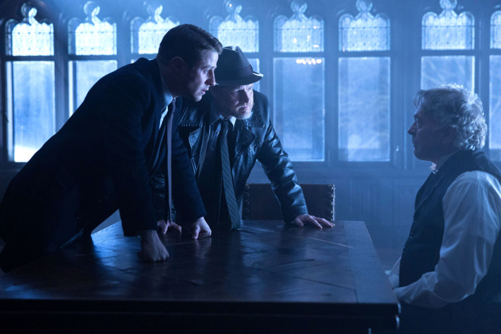 "GOTHAM:  Gordon (Ben Mckenzie, L) and Bullock (Donal Logue, C) question Jacob Skolimski (guest star Daniel Davis, R) in the ""Under the Knife"" episode of GOTHAM airing Monday, April 20 (8:00-9:00 PM ET/PT) on FOX. ?2015 Fox Broadcasting Co. Cr: Jessica Miglio/FOX"