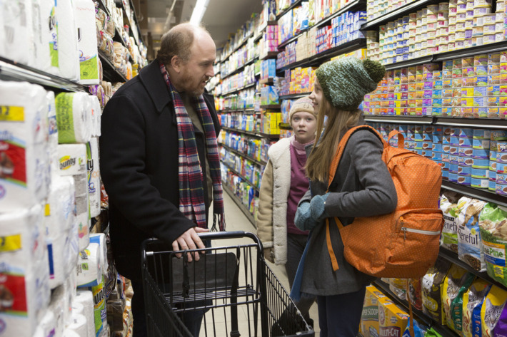 """LOUIE: Season 5, Episode 5 """"Untitled""""  (Airs Thursday, May 7, 10:30 pm e/p)-- Pictured: (L-R) Louis C.K. as Louie, Ursula Parker as Jane, Hadley Delaney as Lilly. CR: KC Bailey/FX"""
