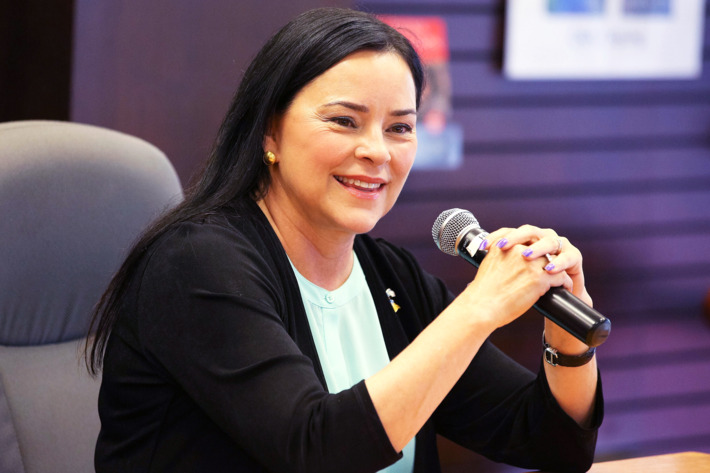 """""""Outlander"""" Author Diana Gabaldon Special In-store Appearance And Q&A"""