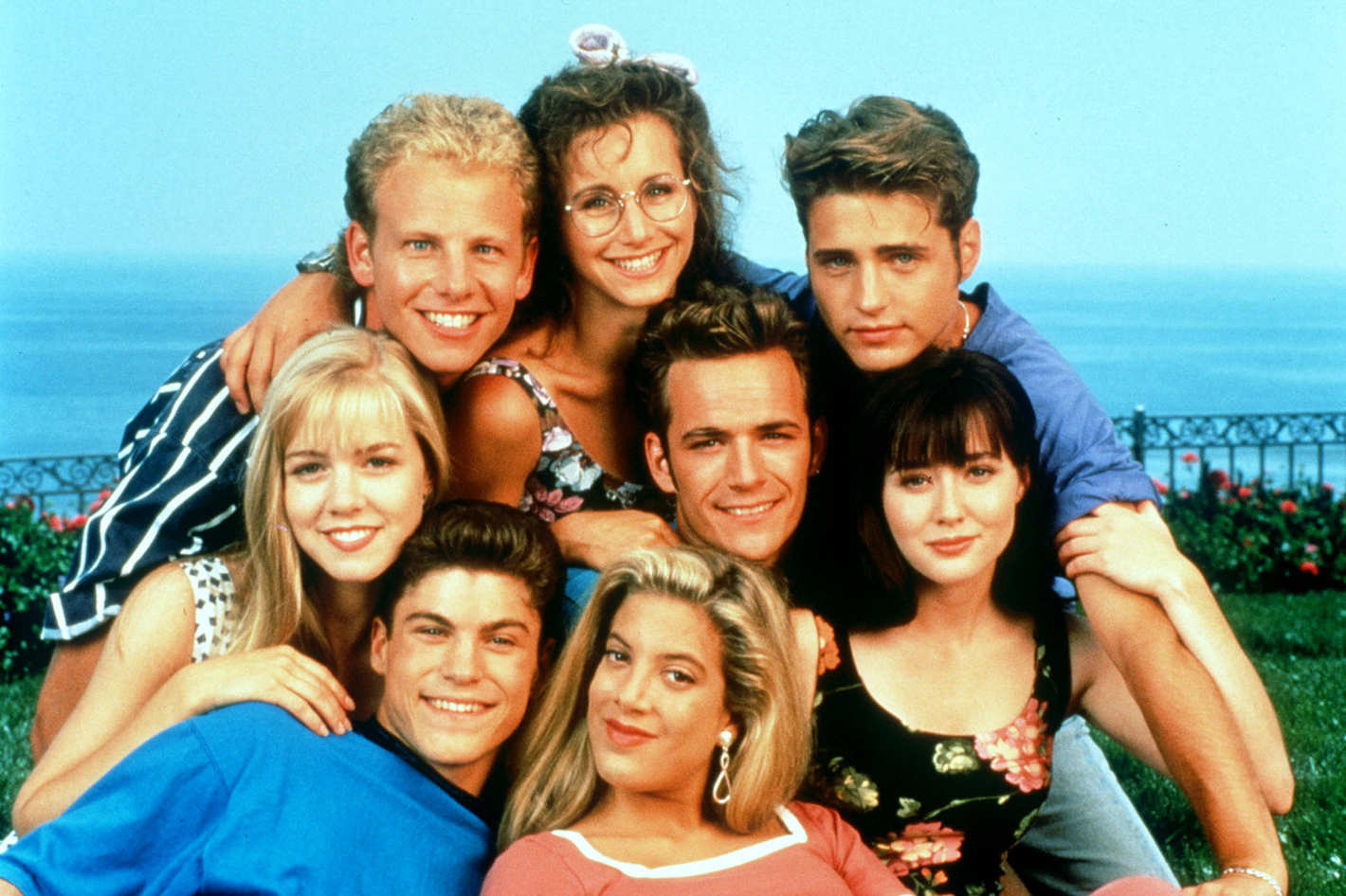 You Guys: A Beverly Hills, 90210' Movie is Coming toLifetime forecasting
