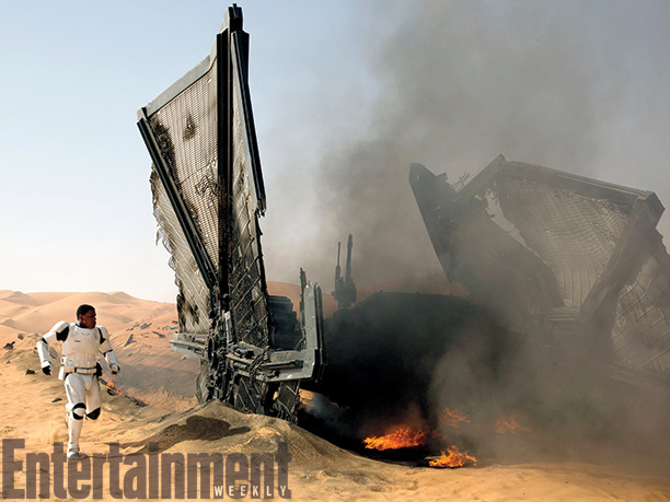 Let's Gaze at More Silly Force Awakens Images