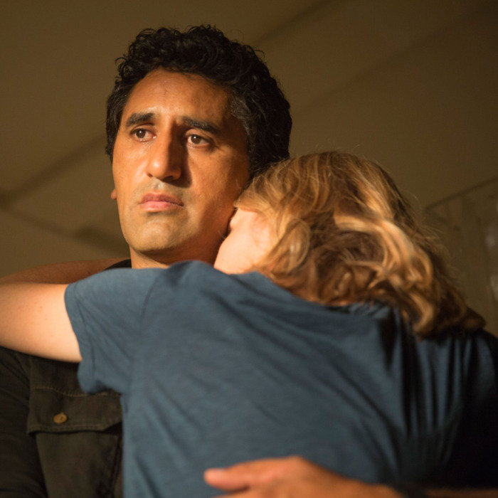 Cliff Curtis as Travis and Kim Dickens as Madison - Fear The Walking Dead _ Season 1, Episode 5 - Photo Credit: Justina Mintz/AMC