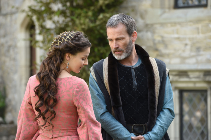 """THE BASTARD EXECUTIONER - """"Piss Profit/Proffidwyr Troeth"""" Episode 105 (Airs Tuesday, October 6, 10:00 pm/ep) Pictured: (l-r) , Flora Spencer-Longhurst as Baroness Lady Love Ventris, Stephen Moyer as Milus Corbett. CR: Ollie Upton/FX"""
