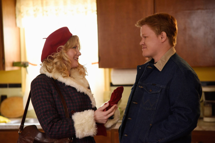 FARGO -- Pictured: (l-r) Kirsten Dunst as Peggy Blumquist, Jesse Plemons as Ed Blumquist.CR: Chris Large/FX