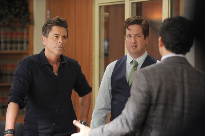 """THE GRINDER:  L-R:  Rob Lowe and guest star Steve Little in the """"The Curious Disappearance of Mr. Donovan"""" episode of THE GRINDER airing Tuesday, Oct. 20 (8:30-9:00 PM ET/PT) on FOX.  ©2015 Fox Broadcasting Co.  Cr:  Ray Mickshaw/FOX"""