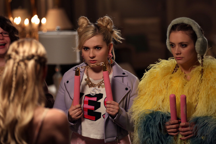 """SCREAM QUEENS: L-R: Guest star Breezy Eslin, Emma Roberts, Abigail Breslin and Billie Lourd in the """"Seven Minutes In Hell"""" episode of SCREAM QUEENS airing Tuesday, Oct. 20 (9:00-10:00 PM ET/PT) on FOX. ©2015 Fox Broadcasting Co. Cr: Patti Perret/FOX."""