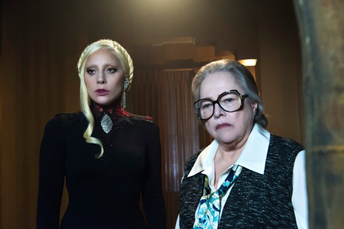 """AMERICAN HORROR STORY -- """"Flicker"""" Pictured: (l-r) Lady Gaga as The Countess, Kathy Bates as Iris."""