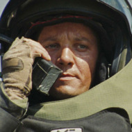 JEREMY RENNER stars in THE HURT LOCKER.