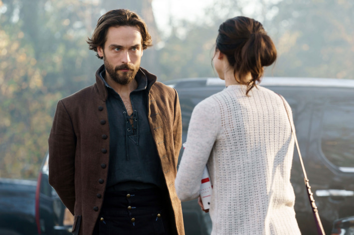 """SLEEPY HOLLOW: L-R: Tom Mison and Maya Kazan in the """"Kindred Spirits"""" episode of SLEEPY HOLLOW airing Friday, Feb. 19 (8:00-9:01 PM ET/PT) on FOX. ©2016 Fox Broadcasting Co. Cr: Tina Rowden/FOX"""
