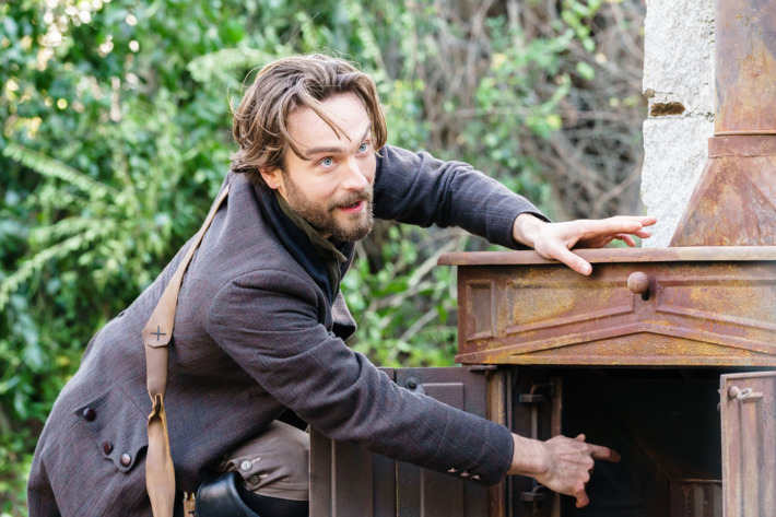 "SLEEPY HOLLOW: Tom Mison in the ""Dark Mirror"" episode of SLEEPY HOLLOW airing Friday, March 4 (8:00-9:01 PM ET/PT) on FOX. ©2016 Fox Broadcasting Co. Cr: Tina Rowden/FOX"
